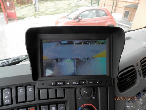 Kamerový kontrolní systém v kabině vozu